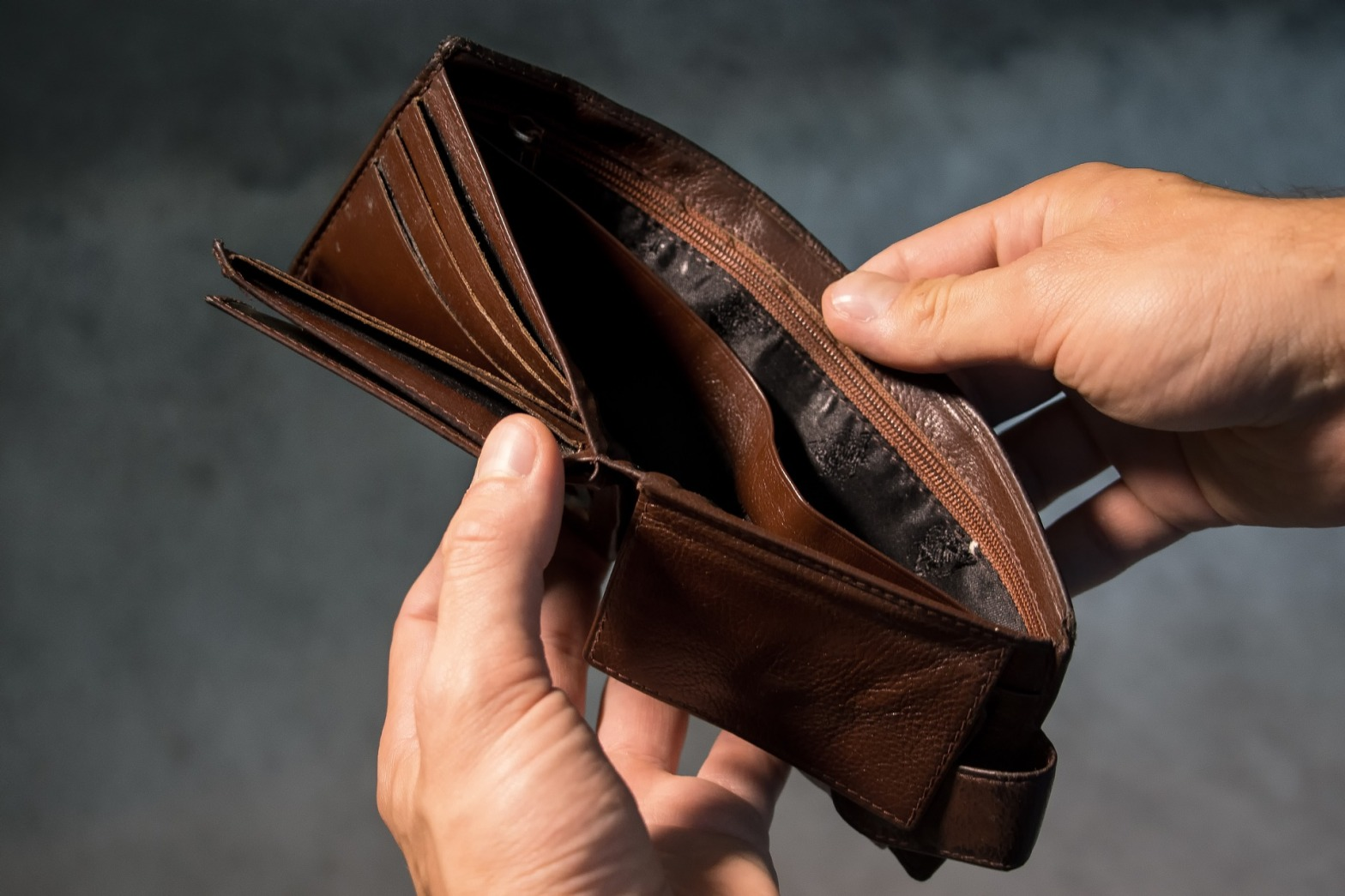 Money finances wallet broke sabotage