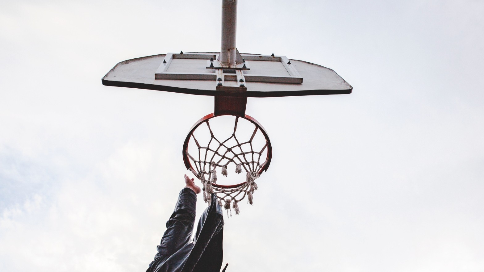 Training to dunk in my 40s